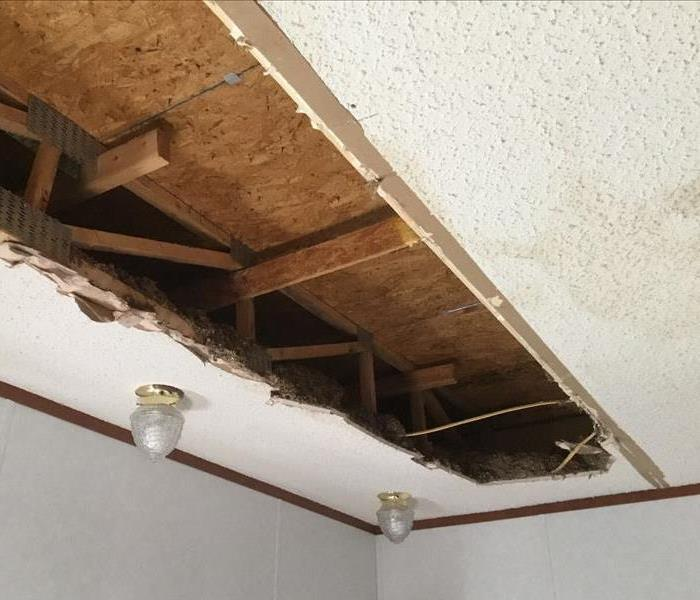 Leaky Roof Water Damage: SERVPRO Of Northeast San Antonio Gallery Photos